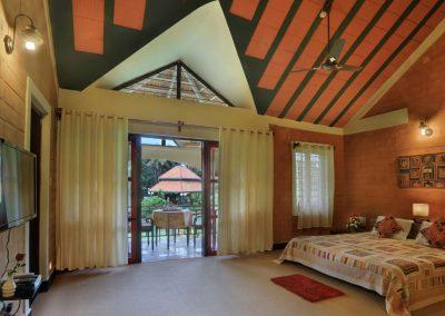 Jumbo Suite  Master Bed Room